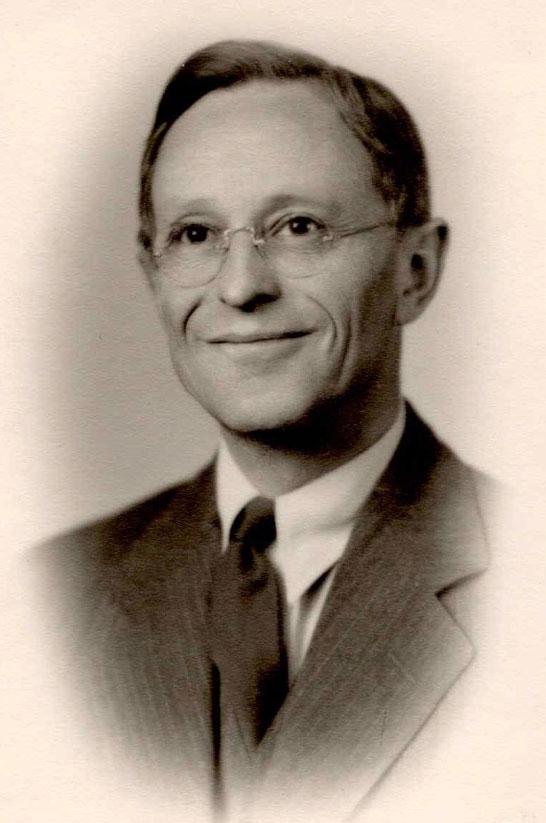 Thomas E Babson